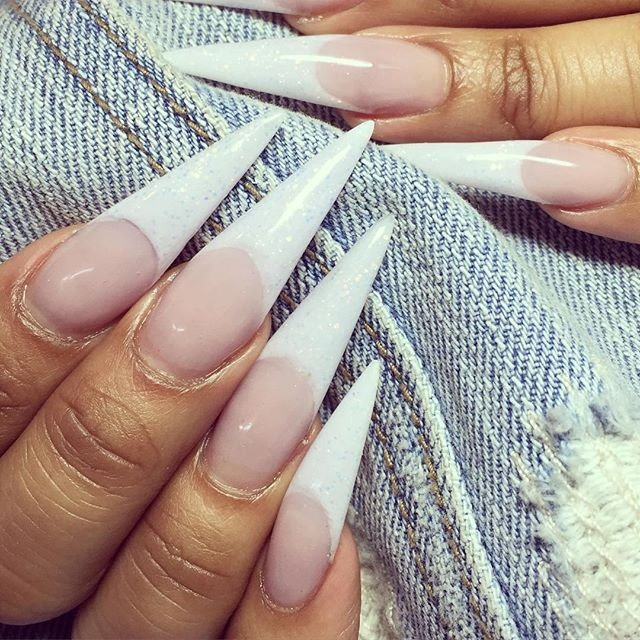 Stilettos the hottest nail designs everyone is wearing vi just listening to it glide off your tongue stilettos is fashionable exotic and deserves a toast of course the design was named after the stiletto heels prinsesfo Images